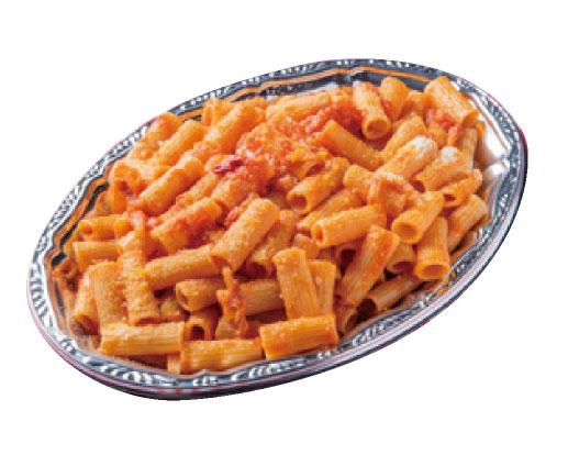 豚ホホ肉ハム、トマトソースのリガトーニ・アマトリチアーナ ローマ風